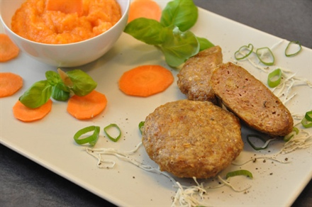 Beef Burgers with Root Vegetables